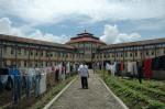 huzrin di depan penjara sukamiskin